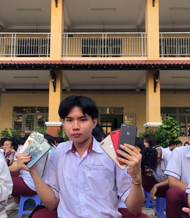 Nam sinh lớp 12 học cô Minh Hiếu đi đường quyền với dàn Iphone 11 Pro Max, XS Max xịn sò khiến dân mạng mắt tròn mắt dẹt - Ảnh 4.