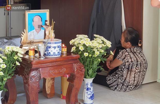 Đám tang đẫm nước mắt của nạn nhân lớn tuổi nhất vụ sập tường ở Đồng Nai: Mẹ ơi, con tìm thấy bố rồi, bố ở trong nhà xác bệnh viện - Ảnh 6.