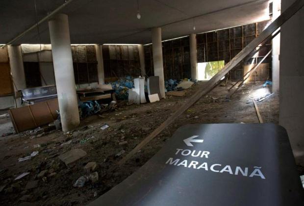 Công trình triệu đô tổ chức Olympic 2016 hoang tàn như vùng đất chết, chuyện gì đã xảy ra? - Ảnh 1.