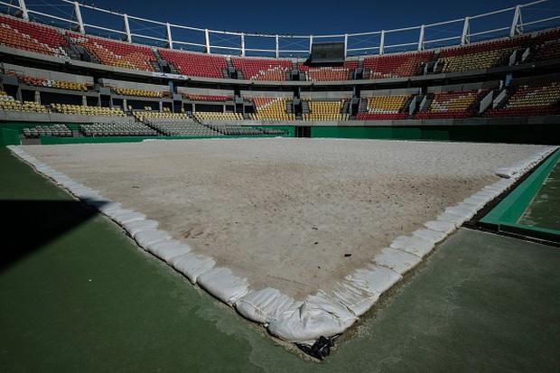 Công trình triệu đô tổ chức Olympic 2016 hoang tàn như vùng đất chết, chuyện gì đã xảy ra? - Ảnh 9.