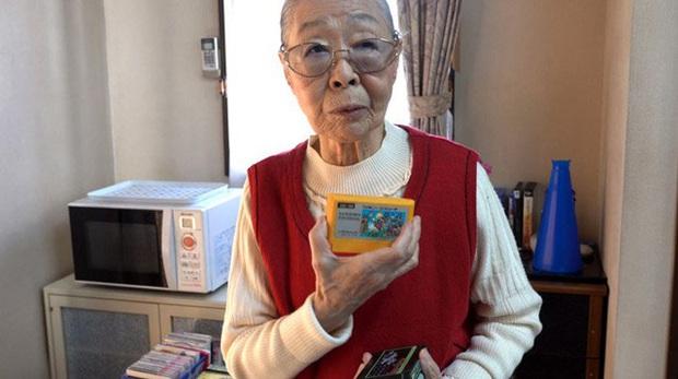 Nữ game thủ được kỷ lục Guinness công nhận là YouTuber già nhất thế giới, cực kỳ thích chơi GTA 5 - Ảnh 2.