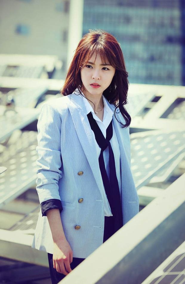 6 phim để đời của Hoa hậu Hàn Quốc Lee Yeon Hee trước khi theo chồng, xem mà chết mê với nhan sắc chị đẹp á! - Ảnh 11.