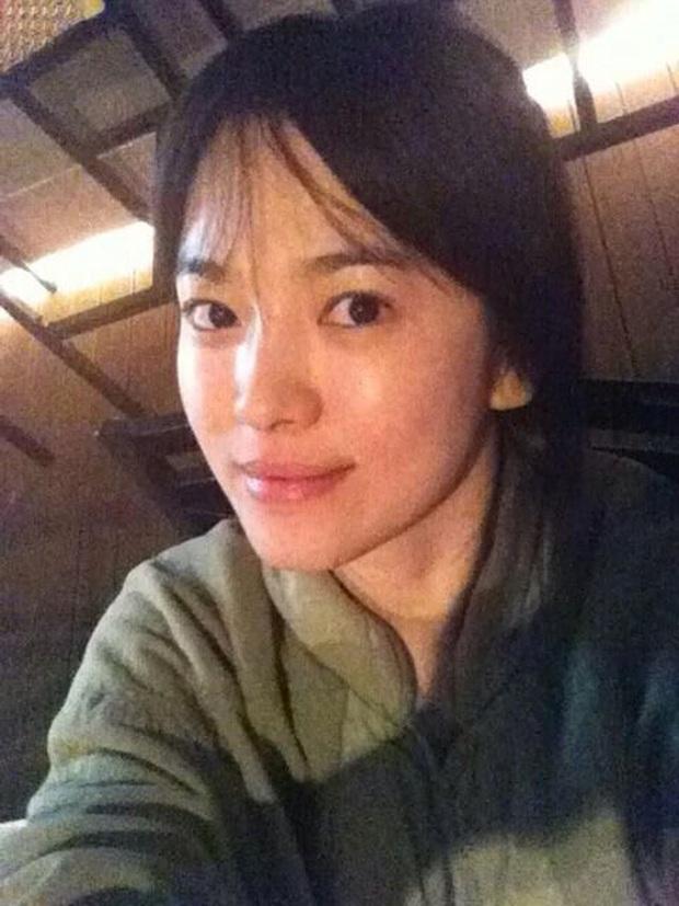 Dậy sóng ảnh mặt mộc của Song Hye Kyo ở độ tuổi U40, dân tình ngã ngửa khi biết sự thật và câu chuyện đằng sau bức hình - Ảnh 5.