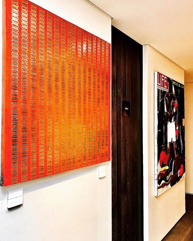 """Cách """"ông hoàng Kpop"""" G-Dragon decor penthouse 9 tỷ: Ghế đã trăm triệu mỗi cái, tranh treo tường giá còn cắt cổ hơn - Ảnh 6."""