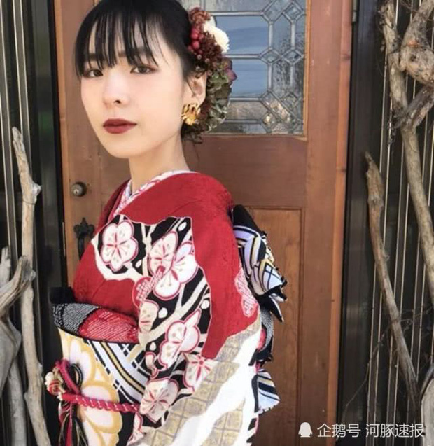 Giảm một lèo 40kg để tỏ tình với thầy giáo, gái xinh Nhật Bản gây ngỡ ngàng vì nhan sắc bùng nổ - Ảnh 4.