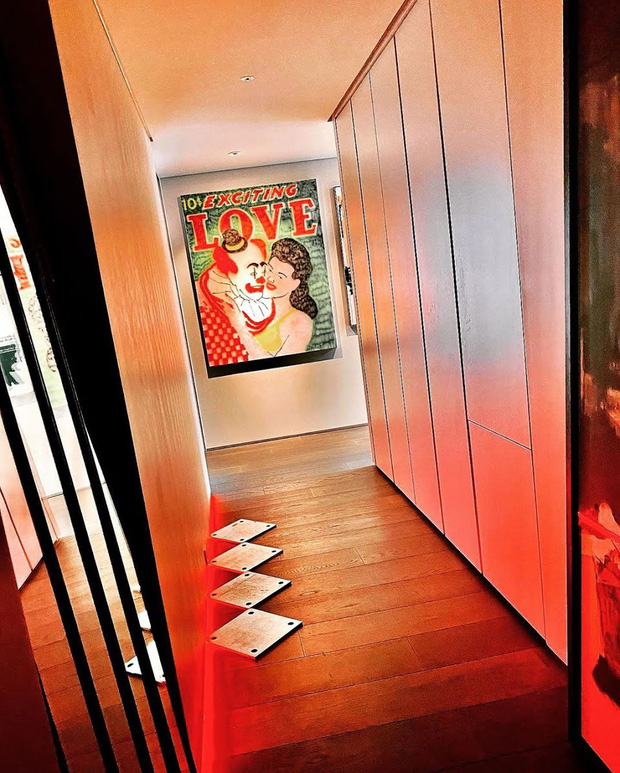 """Cách """"ông hoàng Kpop"""" G-Dragon decor penthouse 9 tỷ: Ghế đã trăm triệu mỗi cái, tranh treo tường giá còn cắt cổ hơn - Ảnh 8."""