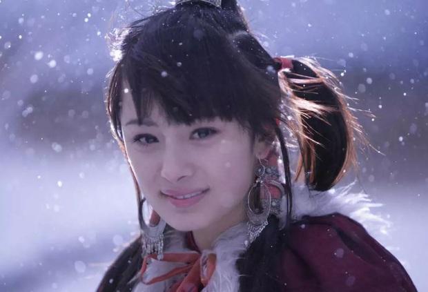 Năm 20 tuổi nhan sắc Dương Mịch xinh đẹp nhường này, bảo sao trở thành mỹ nhân đào hoa nức tiếng Cbiz - Ảnh 6.