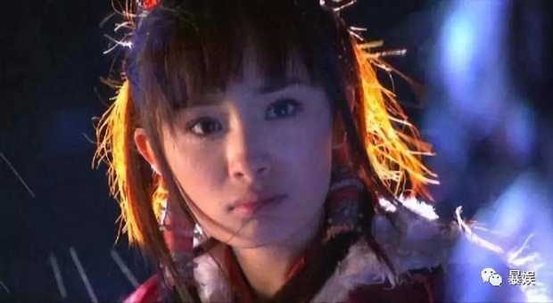 Năm 20 tuổi nhan sắc Dương Mịch xinh đẹp nhường này, bảo sao trở thành mỹ nhân đào hoa nức tiếng Cbiz - Ảnh 8.
