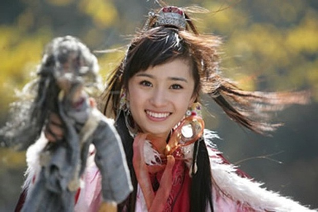 Năm 20 tuổi nhan sắc Dương Mịch xinh đẹp nhường này, bảo sao trở thành mỹ nhân đào hoa nức tiếng Cbiz - Ảnh 9.