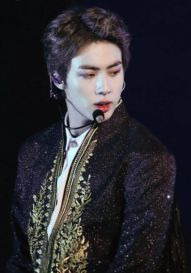 BXH 30 nam idol hot nhất hiện nay: G-Dragon vụt sáng trở lại, Jimin - Baekhyun cạnh tranh ngôi vương gay gắt - Ảnh 10.