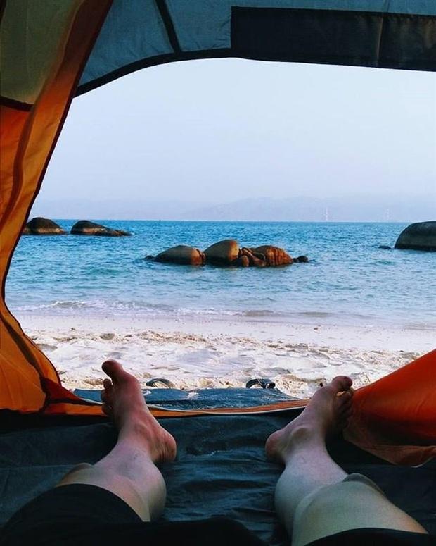 Vừa phát hiện một hòn đảo cực hoang sơ ở Việt Nam: Chưa cần chỉnh màu đã sở hữu làn nước xanh trong vắt, trông chẳng khác nào Maldives!  - Ảnh 13.