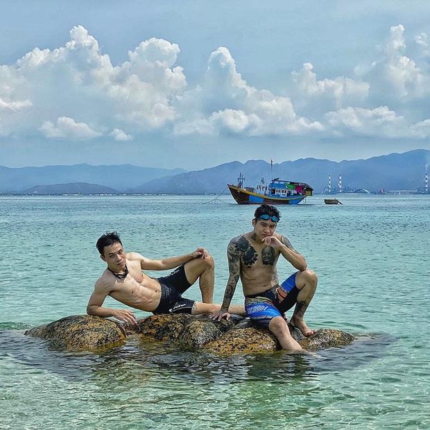 Vừa phát hiện một hòn đảo cực hoang sơ ở Việt Nam: Chưa cần chỉnh màu đã sở hữu làn nước xanh trong vắt, trông chẳng khác nào Maldives!  - Ảnh 12.