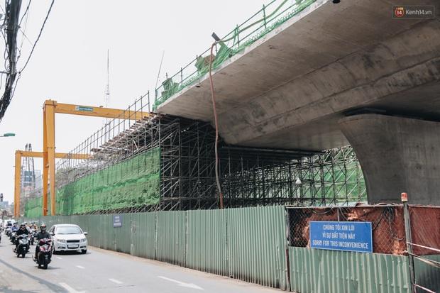 Chùm ảnh cầu Thủ Thiêm 2: Cây cầu dây văng hiện đại nối quận 1 với khu đô thị mới quận 2 đang gấp rút hoàn thiện - Ảnh 17.