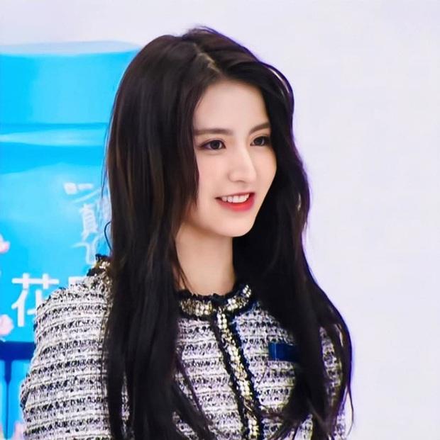 10.000 netizen bình chọn 9 thí sinh đẹp nhất Thanh Xuân Có Bạn: Ngu Thư Hân top cuối, Á hậu Hoa kiều vẫn thua 1 mỹ nhân - Ảnh 9.