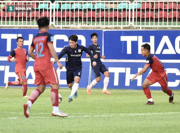 Văn Toàn chấn thương, HAGL tin dùng sao U20 Việt Nam cho trận gặp Nam Định - Ảnh 1.