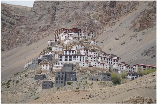 21 bức ảnh ngoạn mục về các địa điểm tôn giáo biệt lập bậc nhất thế giới - Ảnh 13.
