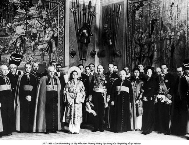 Nam Phương Hoàng Hậu: Người đàn bà phải lòng Dior nhưng phân nửa đời vẫn mực thước với Áo dài - Ảnh 15.