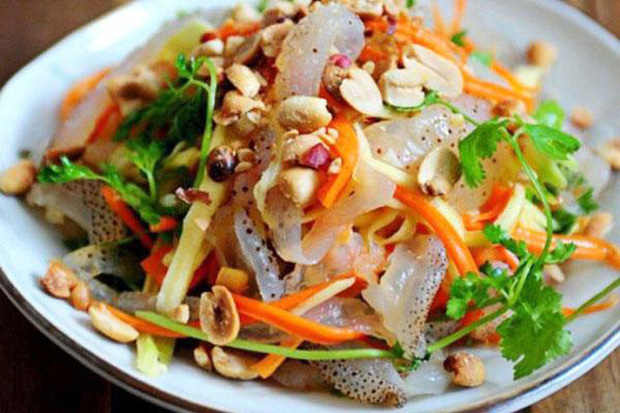 Sứa biển có thể làm nhiều món ngon trong mùa hè nhưng 5 nhóm người không nên ăn và khi chế biến hãy nhớ điều này để tránh ngộ độc - Ảnh 3.