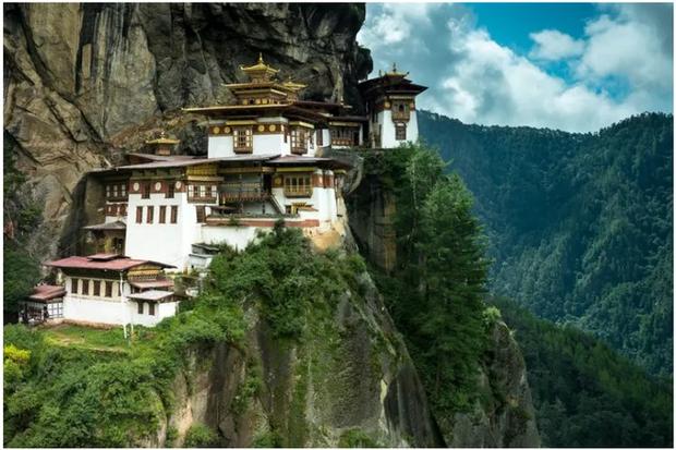 21 bức ảnh ngoạn mục về các địa điểm tôn giáo biệt lập bậc nhất thế giới - Ảnh 6.