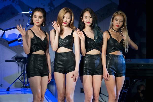 5 nhóm nhạc Kpop khiến fan sốc nặng vì tan rã: Hầu hết là các nhóm nữ, boygroup duy nhất vướng scandal mà phải giải thể - Ảnh 6.