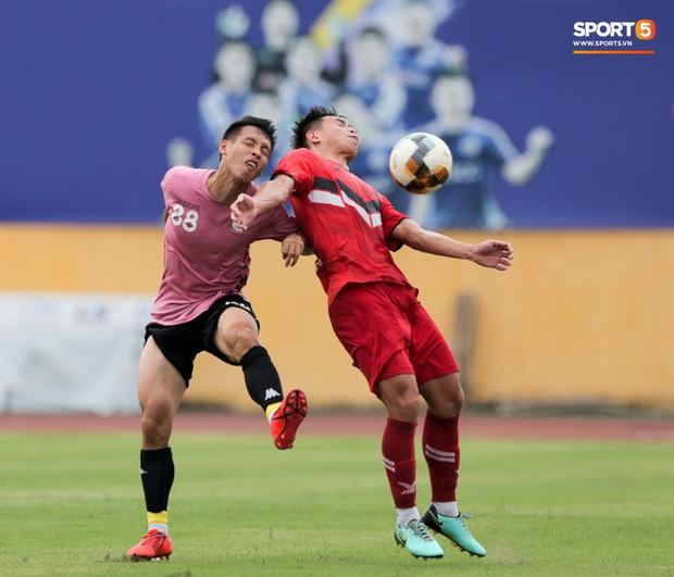 Trọng Đại đánh lẻ, tình tứ bên bạn gái xinh đẹp sau trận giao hữu với Hà Nội FC - Ảnh 10.