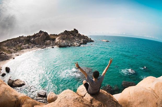 Vừa phát hiện một hòn đảo cực hoang sơ ở Việt Nam: Chưa cần chỉnh màu đã sở hữu làn nước xanh trong vắt, trông chẳng khác nào Maldives!  - Ảnh 2.