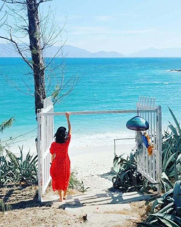Vừa phát hiện một hòn đảo cực hoang sơ ở Việt Nam: Chưa cần chỉnh màu đã sở hữu làn nước xanh trong vắt, trông chẳng khác nào Maldives!  - Ảnh 10.