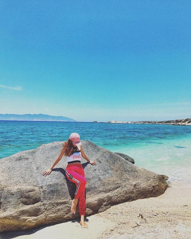 Vừa phát hiện một hòn đảo cực hoang sơ ở Việt Nam: Chưa cần chỉnh màu đã sở hữu làn nước xanh trong vắt, trông chẳng khác nào Maldives!  - Ảnh 24.
