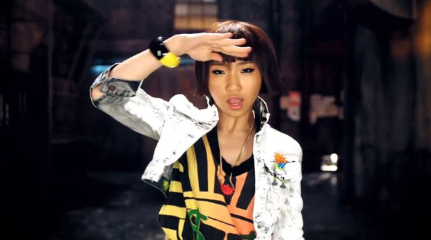 10 màn lột xác đỉnh nhất Kpop của idol nữ: 2 thần tượng bị chê xấu nhất Kpop đổi đời, Suzy - IU thành siêu sao hậu giảm cân - Ảnh 34.