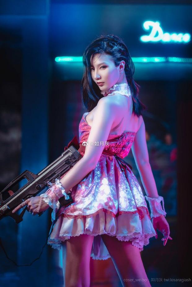 PUBG Mobile: Chiêm ngưỡng bộ ảnh cosplay cô nàng Chuyên gia xe cộ Sara đẹp lung linh với váy hồng điệu đà - Ảnh 4.
