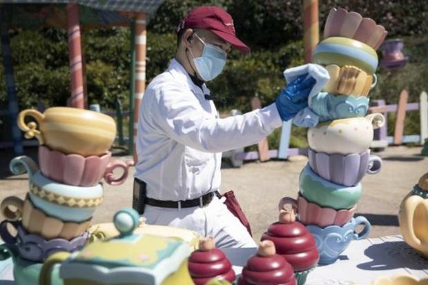 """Disneyland Trung Quốc vừa mở cửa trở lại đã khiến du khách ngạc nhiên bởi những điều này: """"Kỷ nguyên mới"""" của công viên giải trí là đây! - Ảnh 13."""