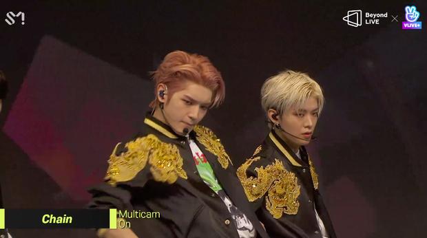 NCT 127 đu giàn giáo, múa cột, biểu diễn luôn ca khúc chưa phát hành tại concert online; áp dụng hình thức fancam cá nhân trực tiếp quá xịn xò! - Ảnh 9.