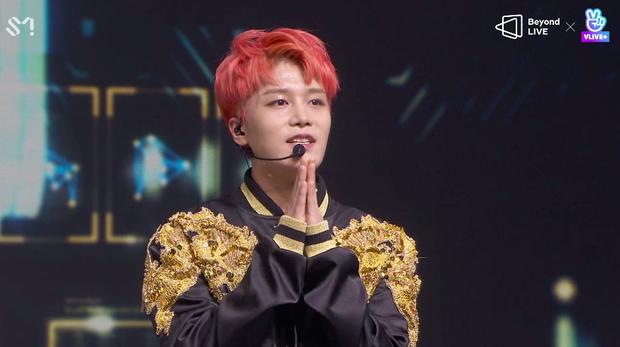 NCT 127 đu giàn giáo, múa cột, biểu diễn luôn ca khúc chưa phát hành tại concert online; áp dụng hình thức fancam cá nhân trực tiếp quá xịn xò! - Ảnh 26.