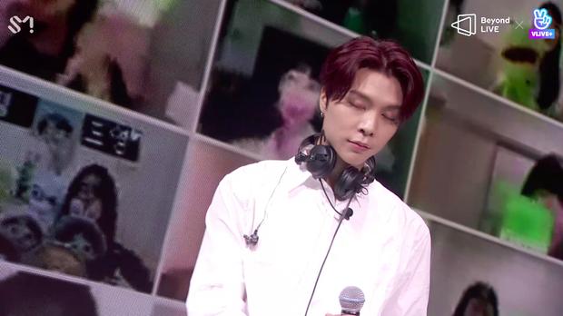 NCT 127 đu giàn giáo, múa cột, biểu diễn luôn ca khúc chưa phát hành tại concert online; áp dụng hình thức fancam cá nhân trực tiếp quá xịn xò! - Ảnh 47.
