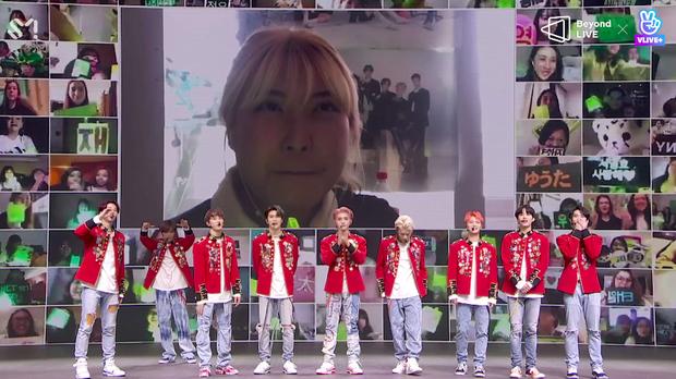 NCT 127 đu giàn giáo, múa cột, biểu diễn luôn ca khúc chưa phát hành tại concert online; áp dụng hình thức fancam cá nhân trực tiếp quá xịn xò! - Ảnh 64.