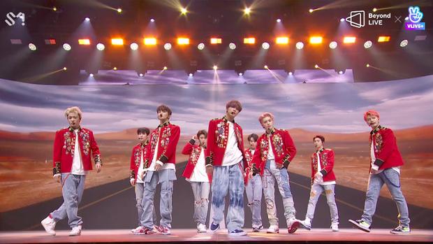 NCT 127 đu giàn giáo, múa cột, biểu diễn luôn ca khúc chưa phát hành tại concert online; áp dụng hình thức fancam cá nhân trực tiếp quá xịn xò! - Ảnh 73.