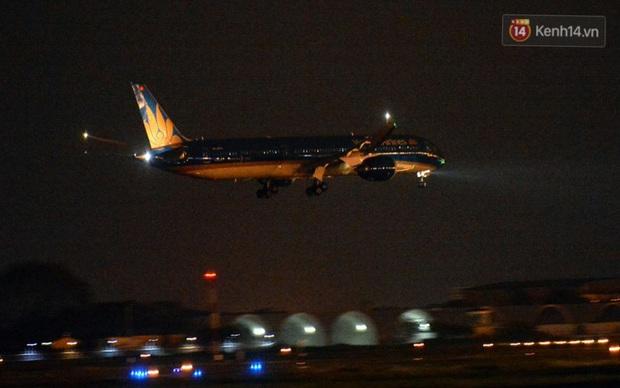 Chùm ảnh: Hai chuyến bay Vietnam Airlines đưa công dân Việt tại Hoa Kỳ và châu Âu hồi hương - Ảnh 1.