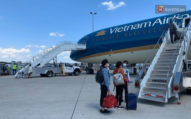 Chùm ảnh: Hai chuyến bay Vietnam Airlines đưa công dân Việt tại Hoa Kỳ và châu Âu hồi hương - Ảnh 14.