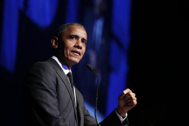Ông Obama công khai chỉ trích công tác ứng phó Covid-19 của Mỹ  - Ảnh 1.