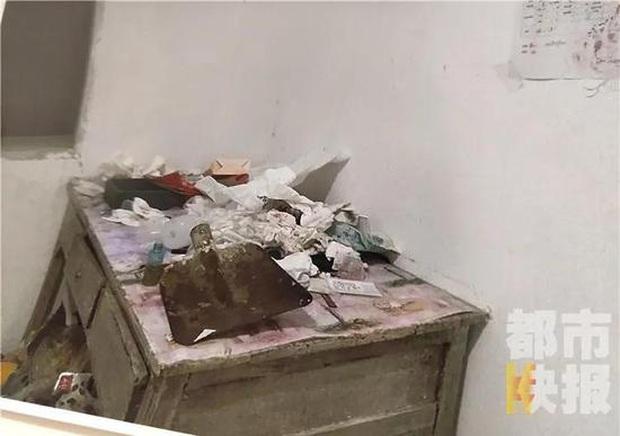 Cô gái trẻ biến nơi thuê trọ thành ngôi nhà rác thải chỉ trong gần 1 năm khiến ông chủ hoang mang cực độ - Ảnh 3.