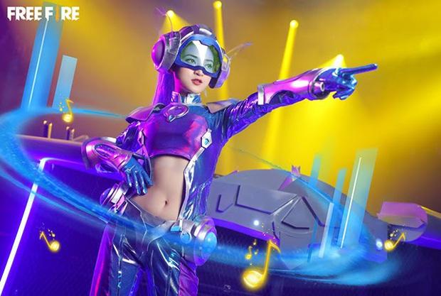 Không hổ danh con cưng Garena, Free Fire luôn được ưu ái với hàng loạt bộ ảnh cosplay quảng bá chất như nước cất - Ảnh 14.