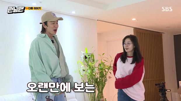 Jeon So Min chính thức trở lại Running Man sau khi nhập viện: Khoe mặt mộc, hạnh phúc vì được bạn trai tin đồn nấu ăn cho - Ảnh 2.