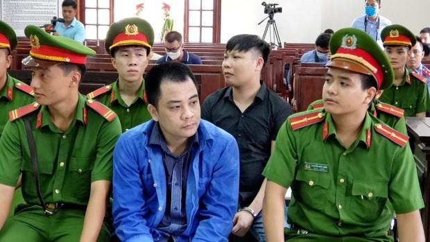 Nhóm giang hồ vây xe chở công an tại Đồng Nai bị tuyên phạt 16 năm tù - Ảnh 1.