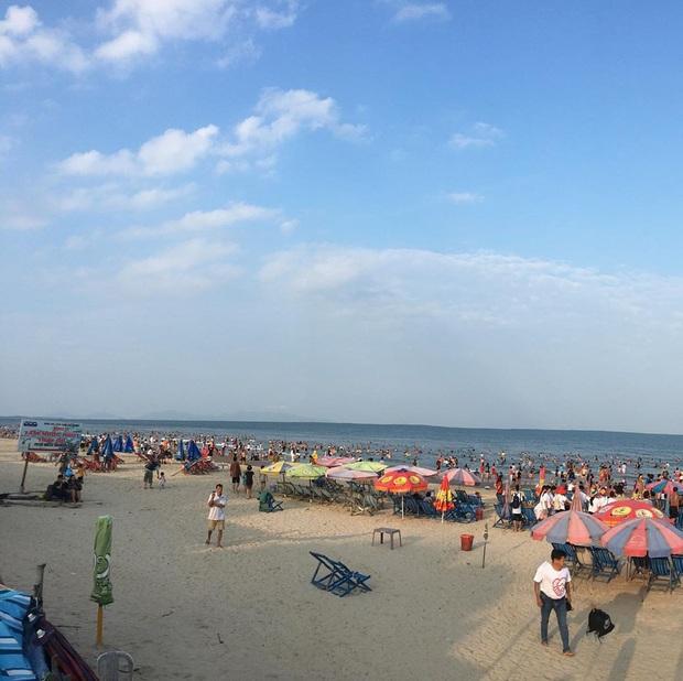 Đứng hình trước cảnh đường lên ngọn hải đăng Vũng Tàu vào ngày hôm qua: Đông đến ngộp thở, xe máy nhích từng chút một - Ảnh 1.