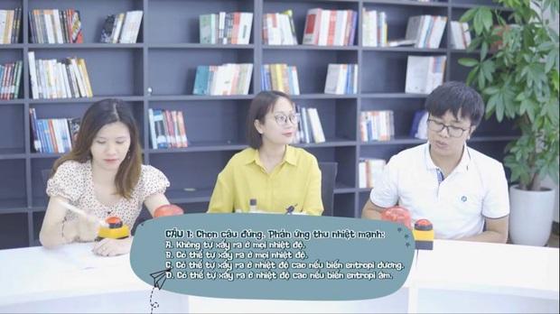 """Trận thách đấu đình đám giữa fanpage """"Tôi Yêu Hoá Học"""" và """"Tôi Ghét Hoá Học"""": Kết quả khiến hàng nghìn người ngỡ ngàng! - Ảnh 3."""