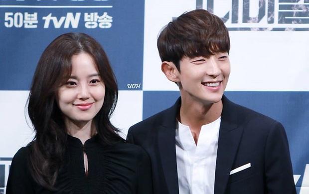 Lee Jun Ki đẹp rạng ngời tại buổi đọc kịch bản Flower of Evil, thời gian bỏ quên Tứ ca rồi hay sao? - Ảnh 5.