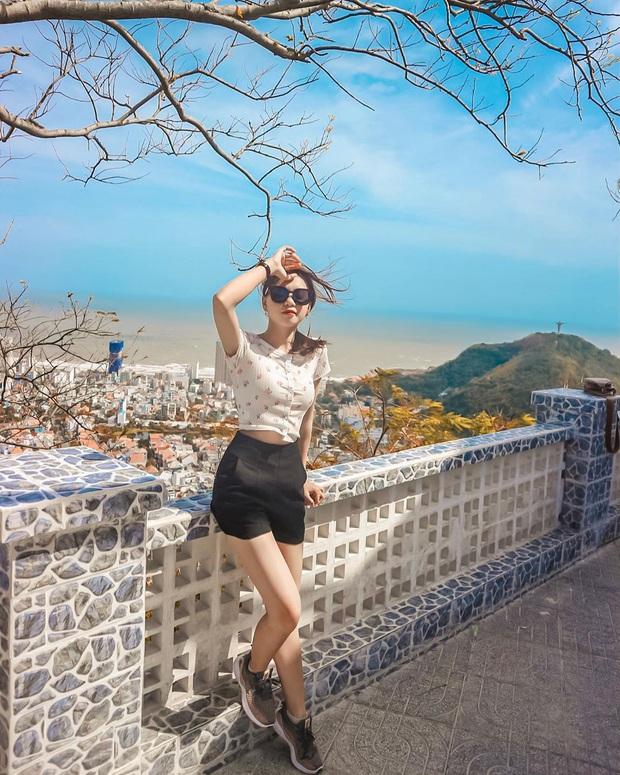 Đứng hình trước cảnh đường lên ngọn hải đăng Vũng Tàu vào ngày hôm qua: Đông đến ngộp thở, xe máy nhích từng chút một - Ảnh 12.