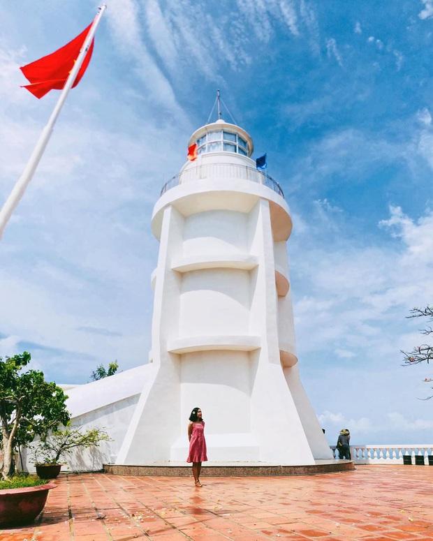 Đứng hình trước cảnh đường lên ngọn hải đăng Vũng Tàu vào ngày hôm qua: Đông đến ngộp thở, xe máy nhích từng chút một - Ảnh 5.