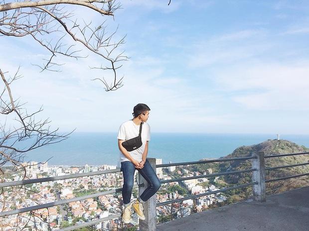 Đứng hình trước cảnh đường lên ngọn hải đăng Vũng Tàu vào ngày hôm qua: Đông đến ngộp thở, xe máy nhích từng chút một - Ảnh 9.