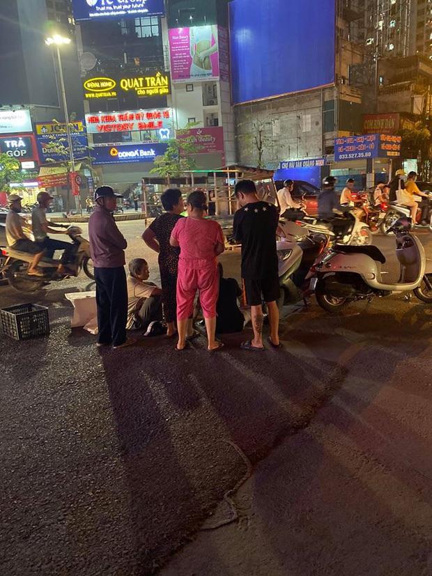Vụ cháu bé 15 tháng tuổi tử vong sau va chạm ở Hà Nội: Từ khi xảy ra chuyện đau lòng, ông nội bé cứ đi lang thang suốt đêm như người mất hồn - Ảnh 6.